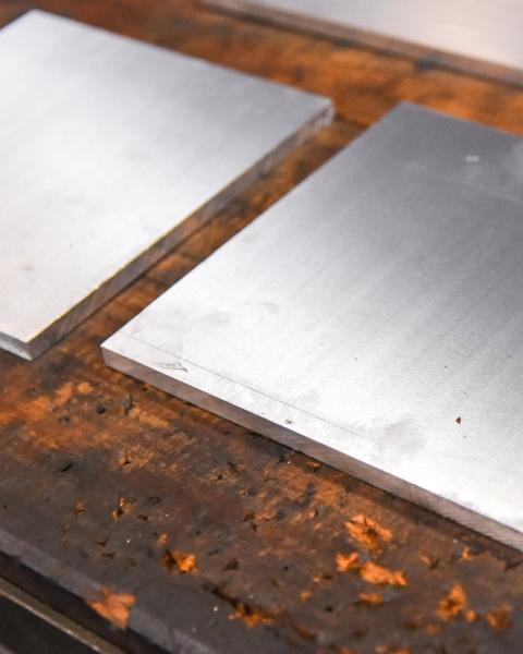 工業用鐵片